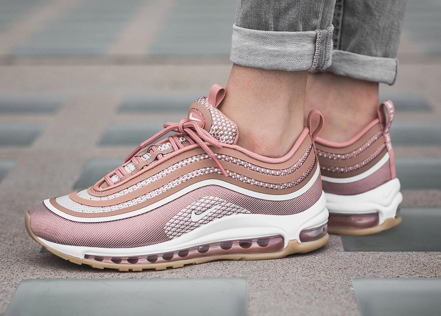 Soldes > chaussure nike femme air max 97 > en stock