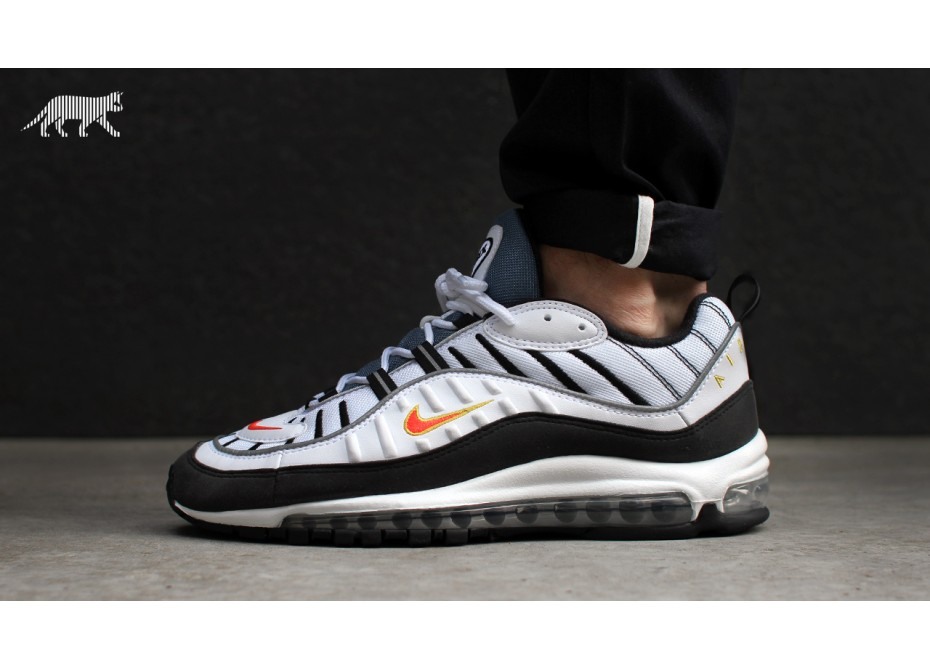 Soldes > nike chaussure 98 > en stock